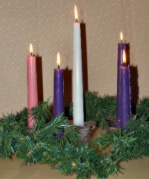 An Advent wreath with candles